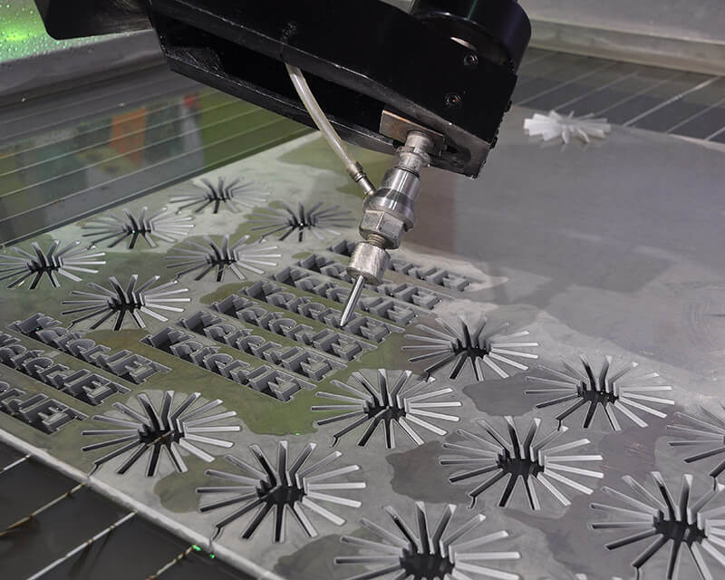 Application of Waterjet Cutting Machine in the Metal Industry